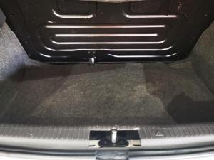 Volkswagen Polo Vivo hatch 1.4 Street - Image 14