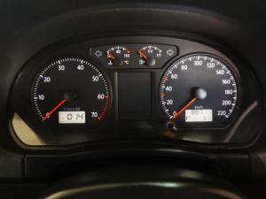 Volkswagen Polo Vivo hatch 1.4 Street - Image 9