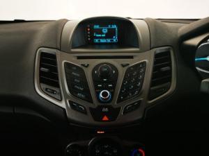 Ford Fiesta 5-door 1.4 Ambiente - Image 10