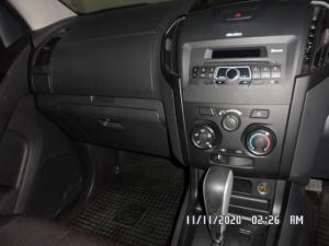 Isuzu D-MAX 250 HO HI-RIDE automatic E/CAB - Image 15