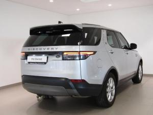 Land Rover Discovery 3.0 Si6 SE - Image 4