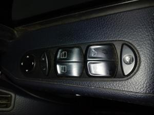Mercedes-Benz Viano CDI 3.0 BlueEfficiency Ambiente - Image 17
