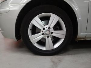 Mercedes-Benz Viano CDI 3.0 BlueEfficiency Ambiente - Image 4