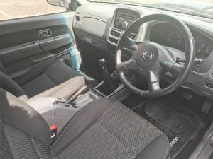 Nissan NP300 Hardbody 2.5TDi double cab Hi-rider - Image 7