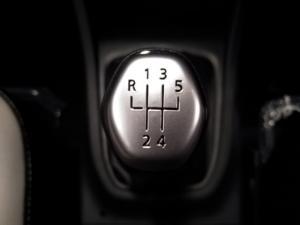 Renault Triber 1.0 Prestige - Image 16