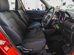Suzuki Swift 1.2 GL - Image 7