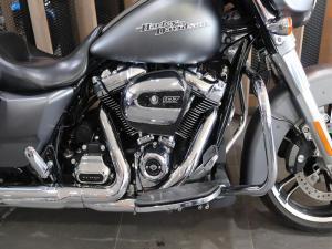 Harley Davidson Street Glide Special - Image 2