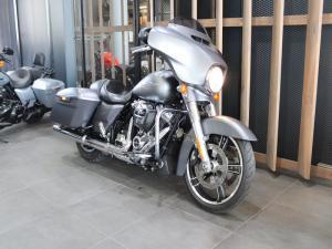 Harley Davidson Street Glide Special - Image 4