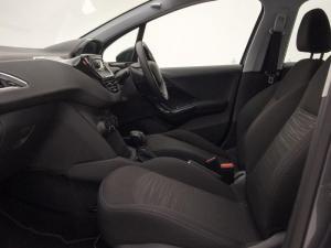 Peugeot 208 POP ART 1.0 Puretech 5-Door - Image 7