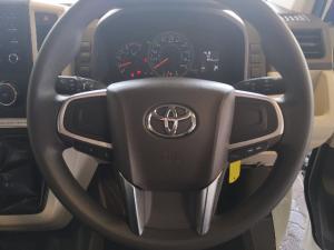 Toyota Quantum 2.8 SLWB bus 14-seater GL - Image 12