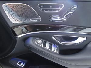 Mercedes-Benz S 400 Hybrid - Image 13