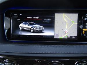 Mercedes-Benz S 400 Hybrid - Image 14