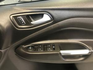 Ford Kuga 1.6T AWD Trend - Image 12