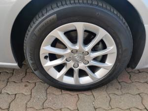 Audi A3 sedan 1.6TDI S auto - Image 5
