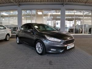 Ford Focus 1.5 Ecoboost Trend automatic 5-Door - Image 2