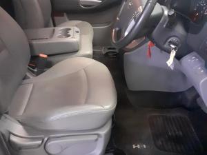 Hyundai H-1 2.5VGTi bus GLS - Image 17