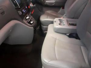 Hyundai H-1 2.5VGTi bus GLS - Image 8