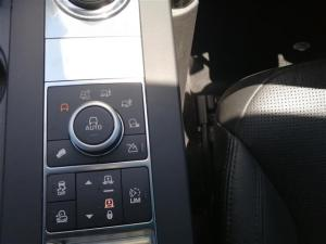 Land Rover Discovery SE Td6 - Image 12