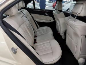 Mercedes-Benz E-Class E200 Avantgarde - Image 5