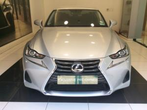 Lexus IS 200T EX/300 EX - Image 3
