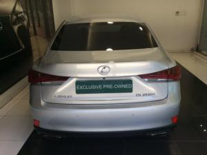 Lexus IS 200T EX/300 EX - Image 4