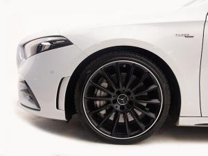 Mercedes-Benz AMG A35 4MATIC - Image 5