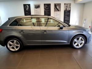 Audi A3 Sportback 1.0TFSI auto - Image 3