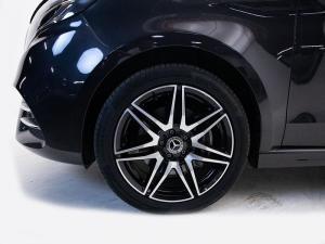 Mercedes-Benz V250d Avantgarde automatic - Image 4