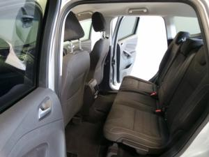 Ford Kuga 1.5T Ambiente auto - Image 6