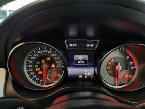 Mercedes-Benz CLA220d automatic - Image 12