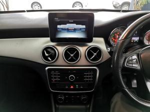 Mercedes-Benz CLA220d automatic - Image 9