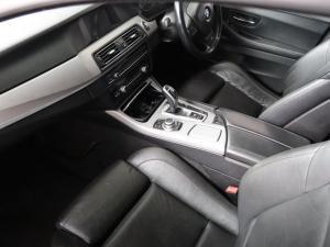 BMW 5 Series 520i - Image 8