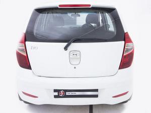 Hyundai i10 1.1 GLS/MOTION - Image 7