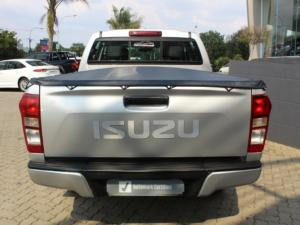 Isuzu KB 250D-Teq double cab X-Rider - Image 3