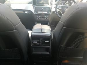 Mercedes-Benz GLE GLE350d - Image 17