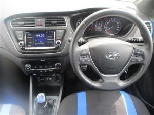 Hyundai i20 Active 1.4 Fluid - Image 5
