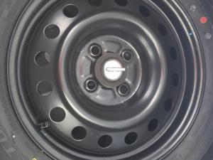 Toyota Etios hatch 1.5 Sport - Image 11