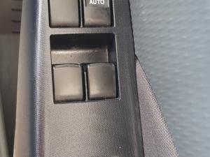 Toyota Etios hatch 1.5 Sport - Image 12