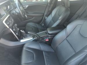 Volvo V40 T3 Momentum auto - Image 12