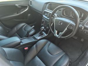 Volvo V40 T3 Momentum auto - Image 13