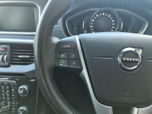 Volvo V40 T3 Momentum auto - Image 17