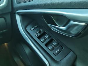 Volvo V40 T3 Momentum auto - Image 20