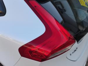 Volvo V40 T3 Momentum auto - Image 9