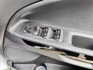 Ford Ecosport 1.0 Ecoboost Titanium automatic - Image 10