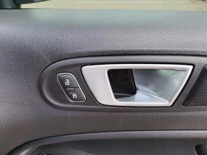 Ford Ecosport 1.0 Ecoboost Titanium automatic - Image 12