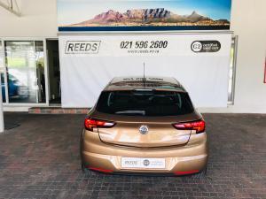 Opel Astra hatch 1.4T Enjoy - Image 8