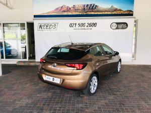 Opel Astra hatch 1.4T Enjoy - Image 9