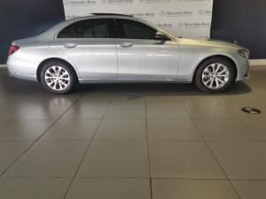 Mercedes-Benz E-Class E200 Exclusive - Image 3