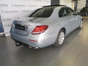 Mercedes-Benz E-Class E200 Exclusive - Image 4