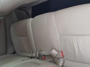 Toyota Fortuner V6 4.0 - Image 13